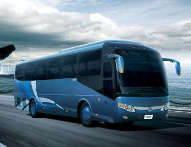 豪华旅游巴士